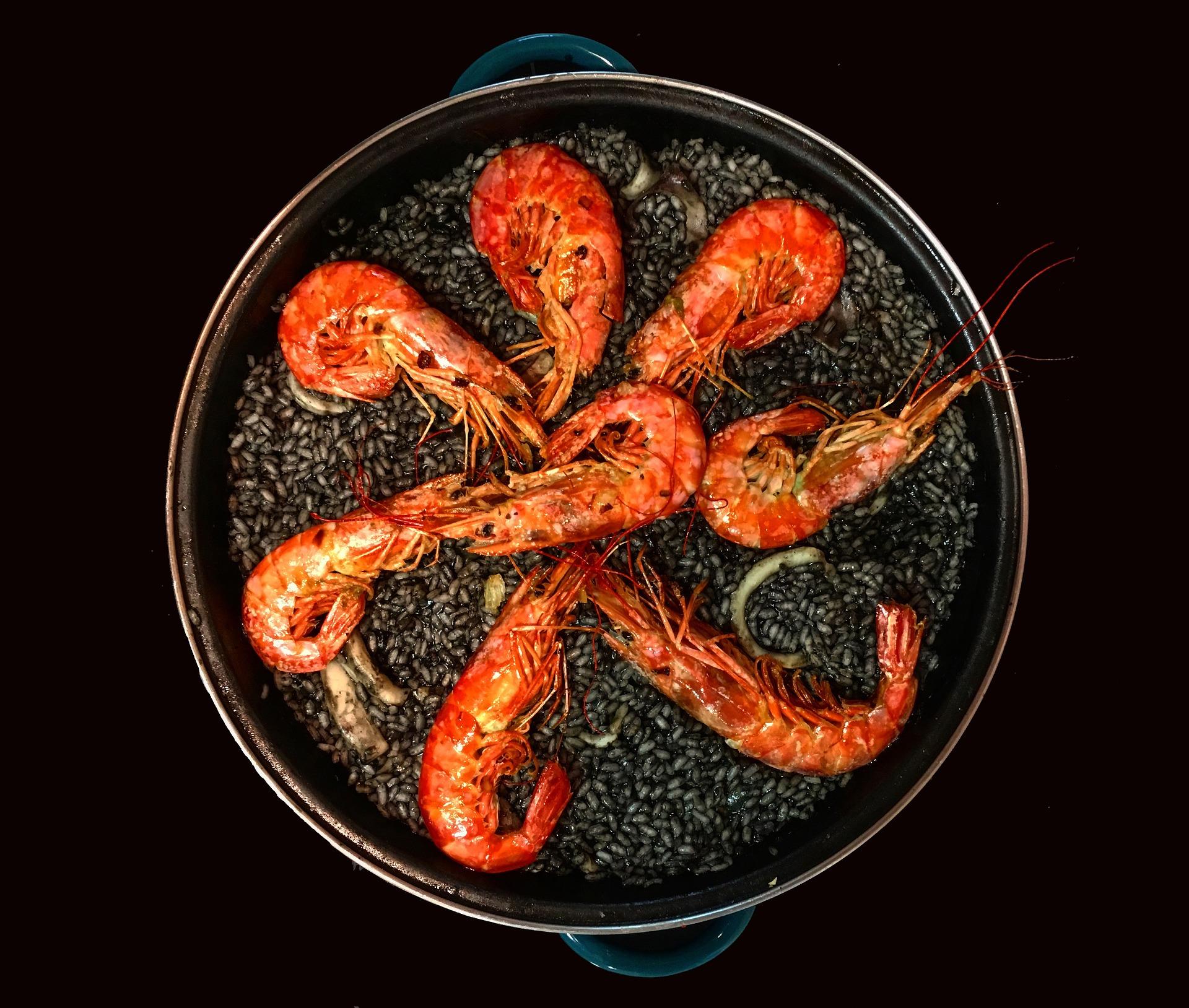 Пиментон, паеля, шафран, бомба и още за испанската кухня